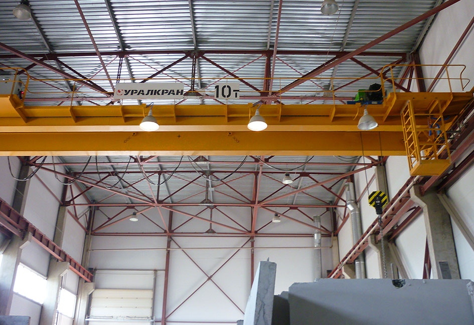 Cranes for Construction Materials Industry